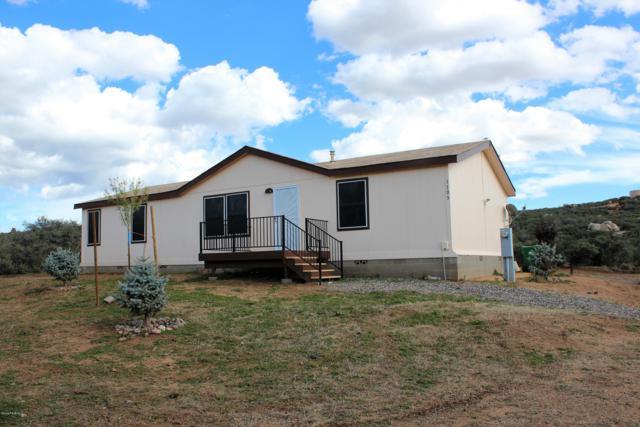 1195 N Ambassador Road, Dewey-Humboldt, AZ 86327 (#1016491) :: HYLAND/SCHNEIDER TEAM