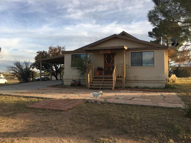 1345 S Yellow Brick Road, Chino Valley, AZ 86323 (#1016572) :: HYLAND/SCHNEIDER TEAM