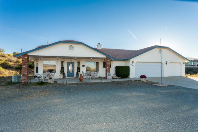 12100 E Rock View Lane, Dewey-Humboldt, AZ 86327 (#1016687) :: HYLAND/SCHNEIDER TEAM