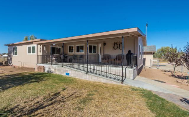 1062 W Road 1 South, Chino Valley, AZ 86323 (#1016745) :: HYLAND/SCHNEIDER TEAM