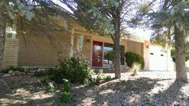 729 N Navajo Drive, Dewey-Humboldt, AZ 86327 (#1016816) :: The Kingsbury Group