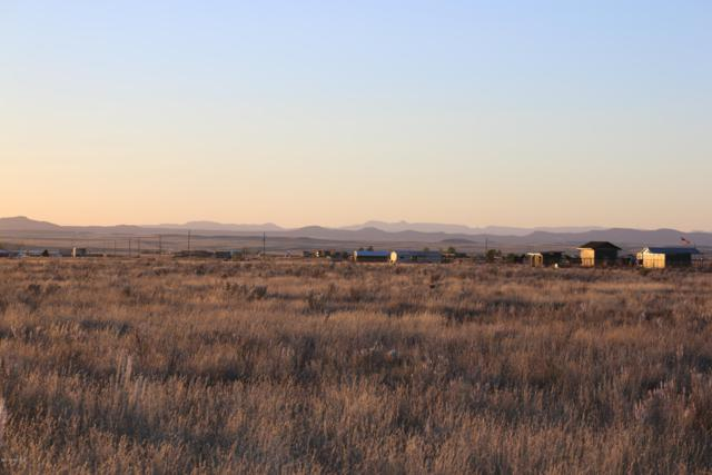 0 Hawthorne Lane, Prescott Valley, AZ 86315 (#1016851) :: The Kingsbury Group