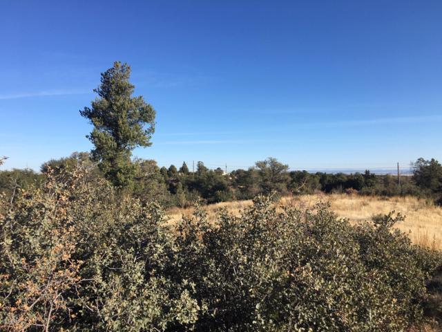 2635 W Granite Park Drive, Prescott, AZ 86305 (#1017072) :: HYLAND/SCHNEIDER TEAM