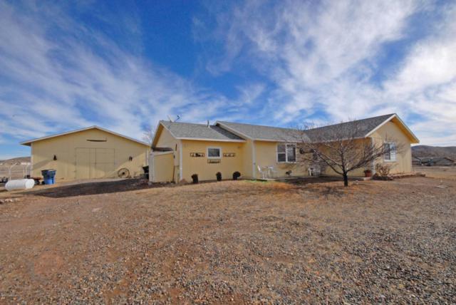 9550 E Far Away Place, Prescott Valley, AZ 86315 (#1017667) :: HYLAND/SCHNEIDER TEAM