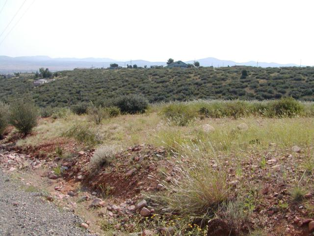 615 S Glendun Place, Dewey-Humboldt, AZ 86327 (#1017859) :: HYLAND/SCHNEIDER TEAM