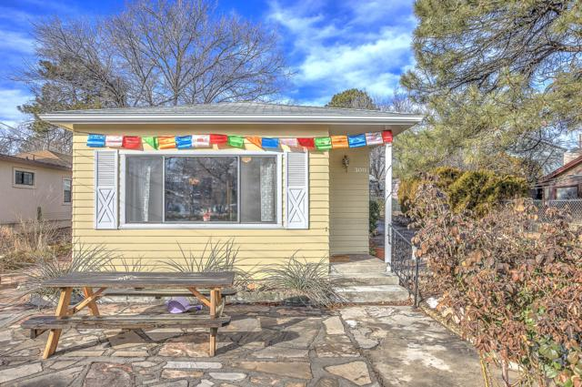 308 Garden Street, Prescott, AZ 86305 (#1017905) :: HYLAND/SCHNEIDER TEAM