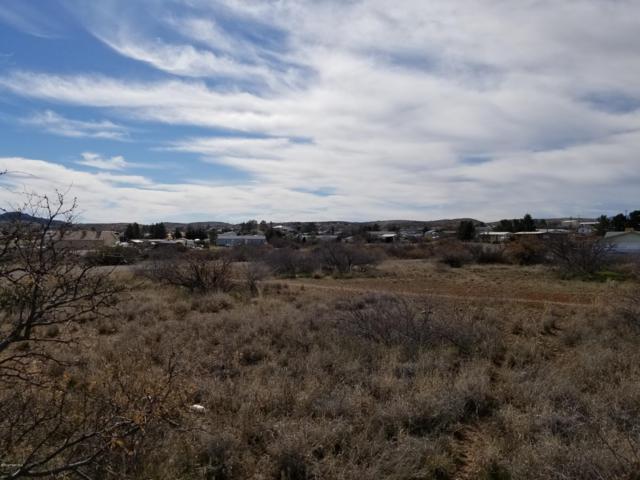 15820/28 S Hickory Lane, Mayer, AZ 86333 (#1017914) :: HYLAND/SCHNEIDER TEAM