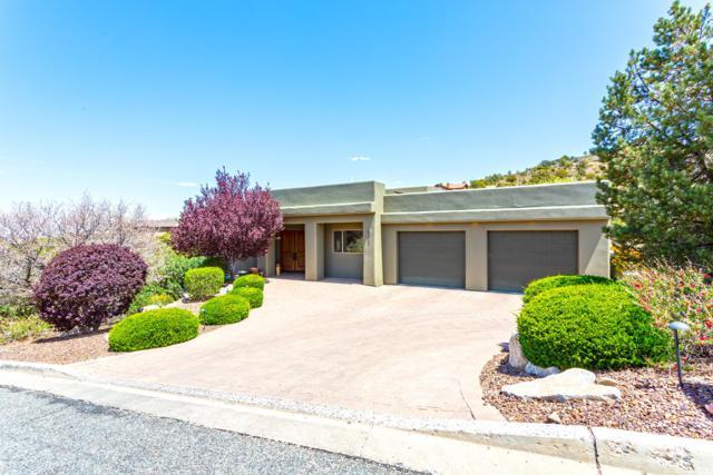 871 Summerfield, Prescott, AZ 86303 (#1018032) :: HYLAND/SCHNEIDER TEAM