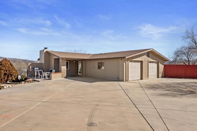 841 S Manzanita Boulevard, Dewey-Humboldt, AZ 86327 (#1018243) :: West USA Realty of Prescott