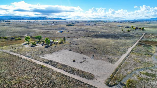 8085 E Dog Ranch Road, Prescott Valley, AZ 86315 (#1019795) :: HYLAND/SCHNEIDER TEAM