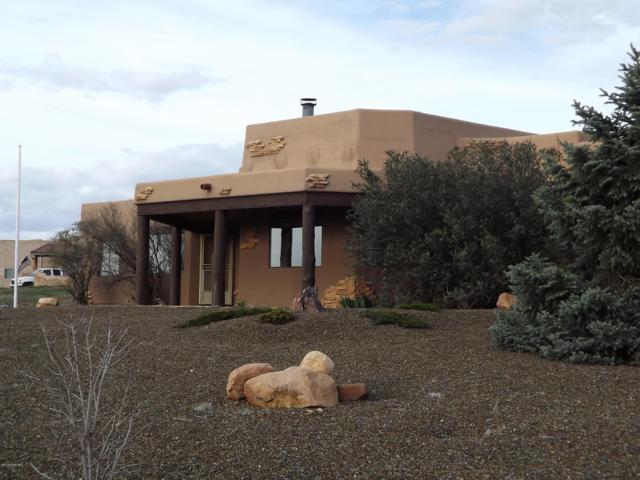 14720 E Cielo Vista Lane, Dewey-Humboldt, AZ 86327 (#1019861) :: HYLAND/SCHNEIDER TEAM