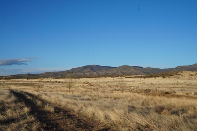 10930 E Mummy View, Prescott Valley, AZ 86315 (#1019926) :: West USA Realty of Prescott