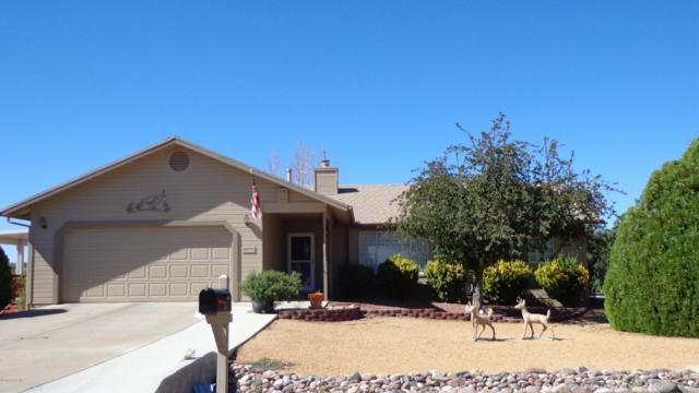 520 N Wranglers Way, Dewey-Humboldt, AZ 86327 (#1020113) :: Shelly Watne