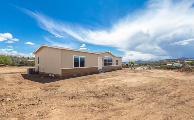 801 N Lipazzon Lane, Dewey-Humboldt, AZ 86327 (#1020247) :: Shelly Watne