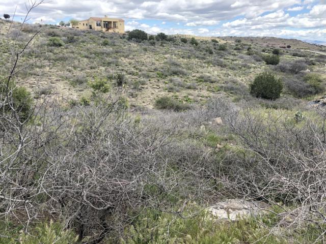 15450 E Upper Ridge Lane, Mayer, AZ 86333 (#1020394) :: HYLAND/SCHNEIDER TEAM