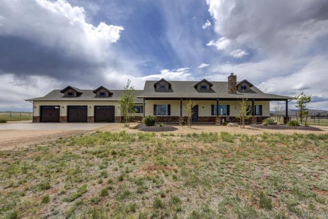 9825 E Rising Moon Way, Prescott Valley, AZ 86315 (#1020430) :: HYLAND/SCHNEIDER TEAM
