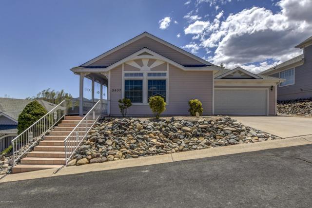 2057 N Oxford, Prescott Valley, AZ 86314 (#1020462) :: HYLAND/SCHNEIDER TEAM
