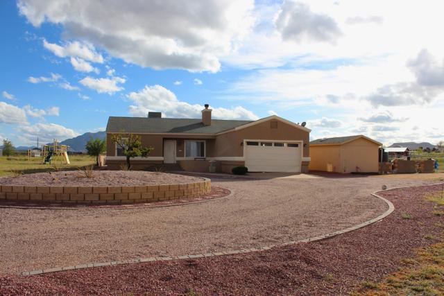 1780 S Yellow Brick Road, Chino Valley, AZ 86323 (#1020737) :: HYLAND/SCHNEIDER TEAM