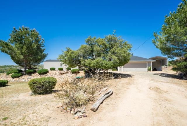 9180 S Donald Trail, Wilhoit, AZ 86332 (#1020783) :: HYLAND/SCHNEIDER TEAM