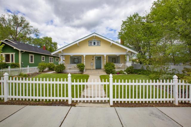 230 N Mount Vernon Avenue, Prescott, AZ 86301 (#1021124) :: HYLAND/SCHNEIDER TEAM
