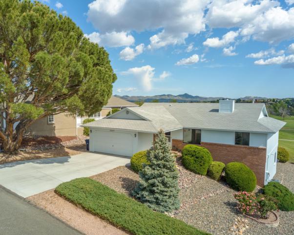 1107 N Buena Vista East, Dewey-Humboldt, AZ 86327 (#1021159) :: HYLAND/SCHNEIDER TEAM