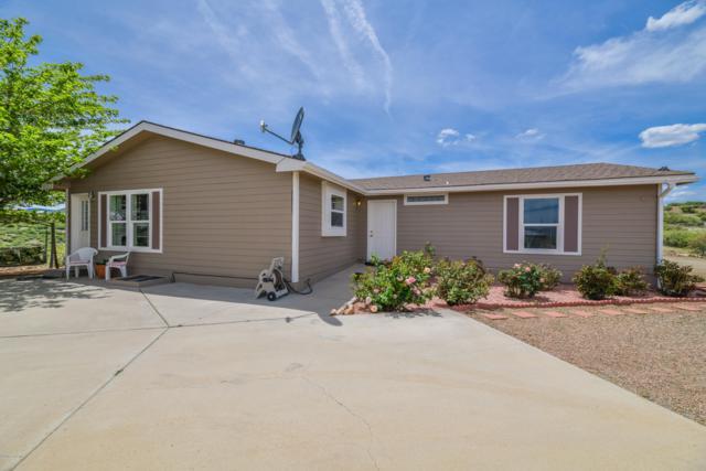 765 Windsong Way, Dewey-Humboldt, AZ 86327 (#1021162) :: HYLAND/SCHNEIDER TEAM