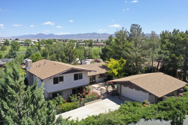 707 N Apache Drive, Dewey-Humboldt, AZ 86327 (#1021189) :: HYLAND/SCHNEIDER TEAM