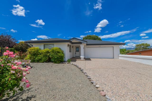 11550 Riata Way, Dewey-Humboldt, AZ 86327 (#1021611) :: Shelly Watne