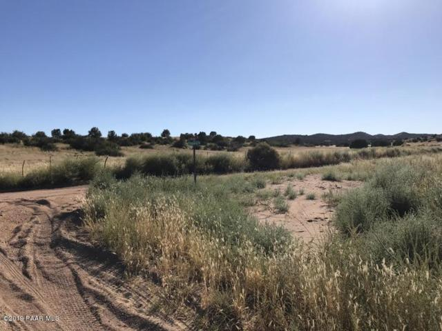 2010 N Navajo Place, Chino Valley, AZ 86323 (#1022064) :: Shelly Watne