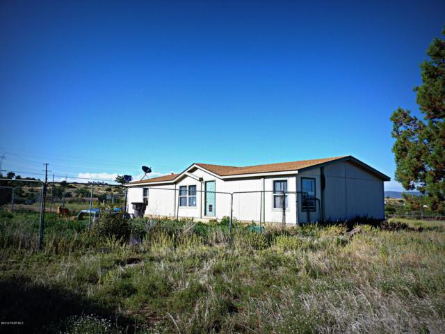 9355 E Smoki Trail, Dewey-Humboldt, AZ 86327 (#1022161) :: West USA Realty of Prescott