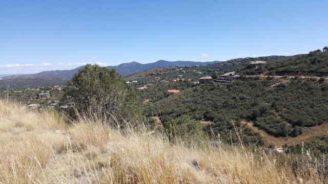 211 Echo Hills Circle, Prescott, AZ 86303 (#1022306) :: HYLAND/SCHNEIDER TEAM