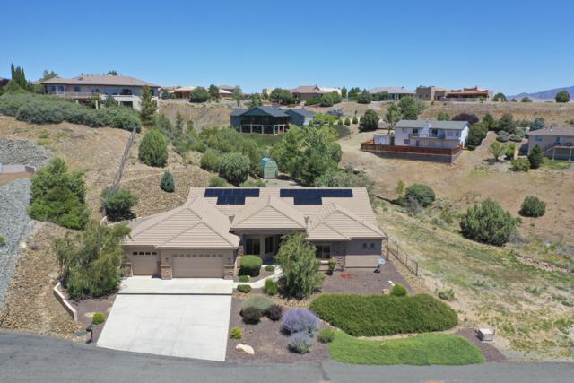 1427 N Rustlers Roost, Dewey-Humboldt, AZ 86327 (#1022744) :: Shelly Watne