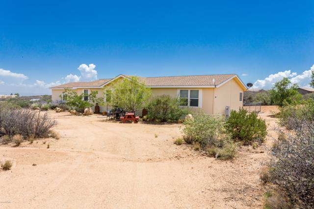 815 N Old Coach Trail, Dewey-Humboldt, AZ 86327 (#1022891) :: Shelly Watne