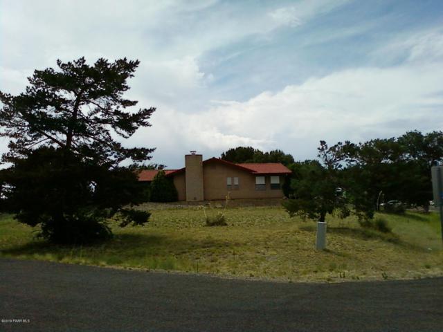 1049 N Arrowhead Lane, Dewey-Humboldt, AZ 86327 (#1022970) :: HYLAND/SCHNEIDER TEAM