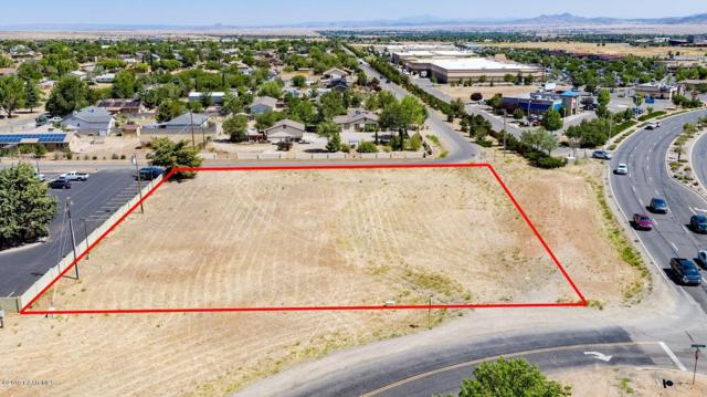 2860 N Pine View Drive, Prescott Valley, AZ 86314 (#1022993) :: West USA Realty of Prescott
