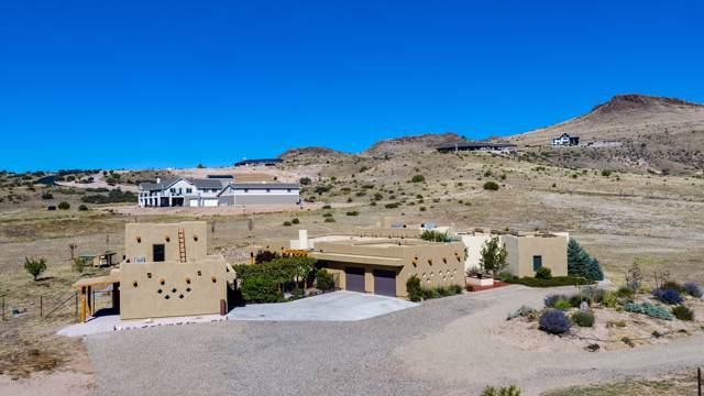 11400 N Cowboy Trail, Prescott, AZ 86305 (#1024786) :: HYLAND/SCHNEIDER TEAM