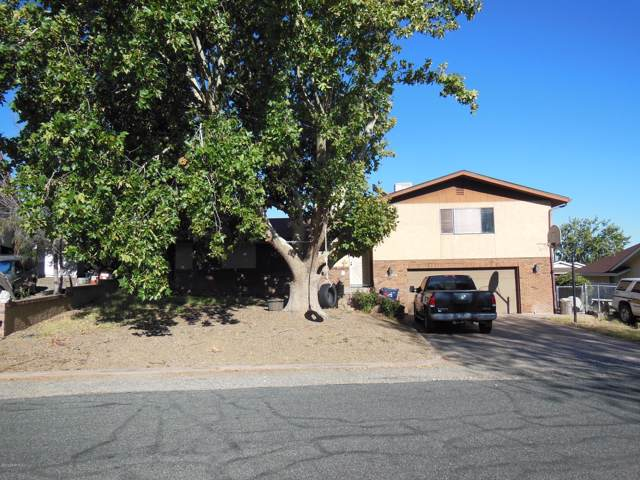 10904 Buckboard Trail, Dewey-Humboldt, AZ 86327 (#1025444) :: HYLAND/SCHNEIDER TEAM
