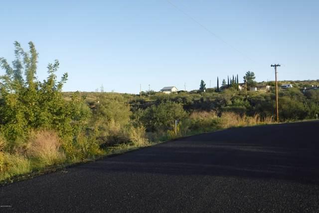 16875 S Redondo Circle, Mayer, AZ 86333 (#1025543) :: HYLAND/SCHNEIDER TEAM