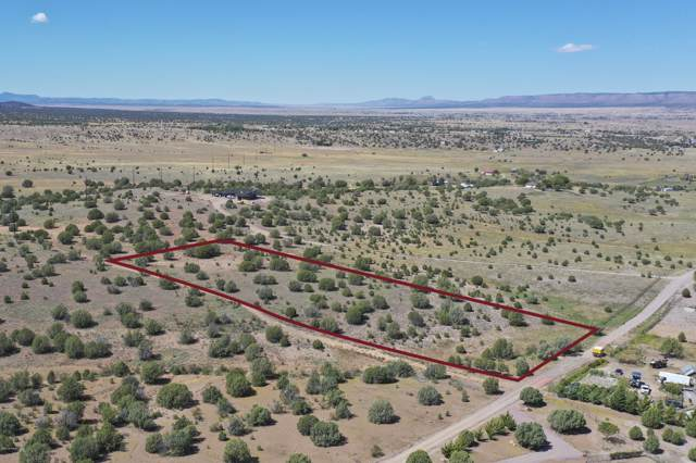 6350 N Mangas (Lot Split A) Drive, Paulden, AZ 86334 (#1025934) :: West USA Realty of Prescott