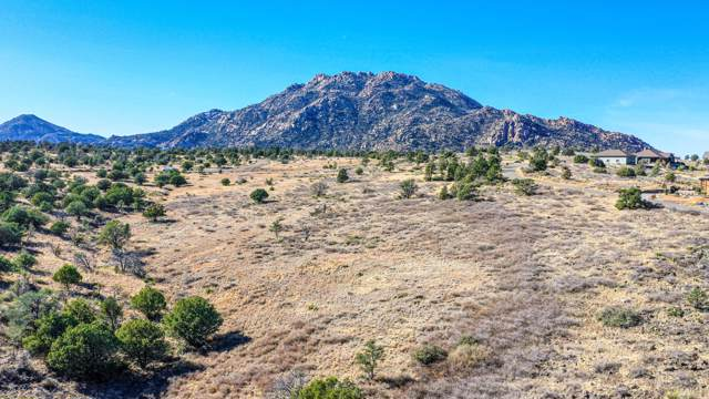 6272 W Levie Lane, Prescott, AZ 86305 (#1026019) :: HYLAND/SCHNEIDER TEAM