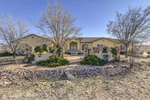 3800 W Borden Trail, Prescott, AZ 86305 (#1026050) :: HYLAND/SCHNEIDER TEAM