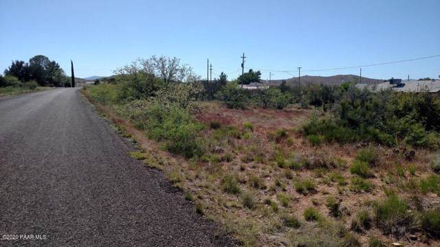 20572 E Wagon Way, Mayer, AZ 86333 (#1026624) :: HYLAND/SCHNEIDER TEAM
