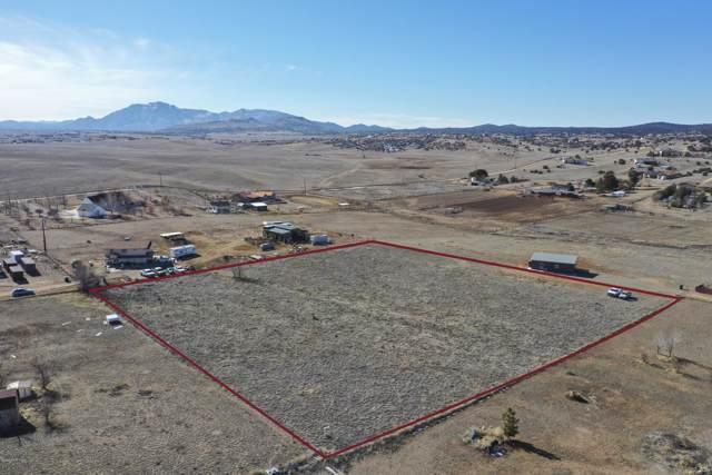 2505 W Canta Libre Road, Chino Valley, AZ 86323 (#1026907) :: HYLAND/SCHNEIDER TEAM
