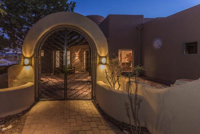3311 Bar-Circle-A Road, Prescott, AZ 86301 (#1026934) :: HYLAND/SCHNEIDER TEAM