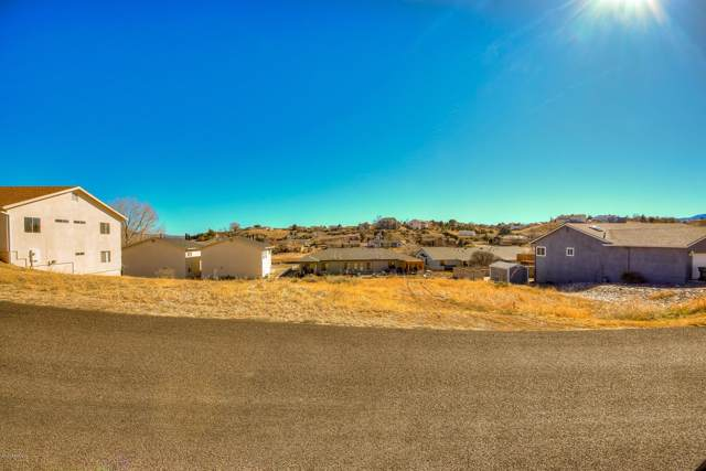 9725 E Rimrock Drive, Prescott Valley, AZ 86314 (#1027063) :: HYLAND/SCHNEIDER TEAM