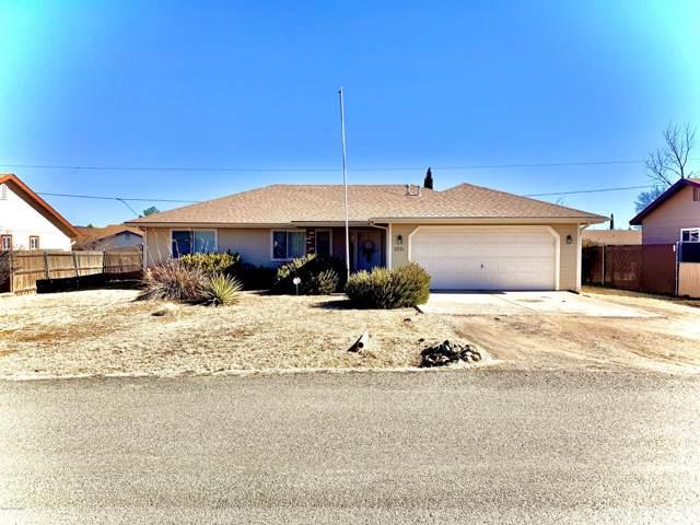 3771 N Catherine Drive, Prescott Valley, AZ 86314 (#1027115) :: HYLAND/SCHNEIDER TEAM