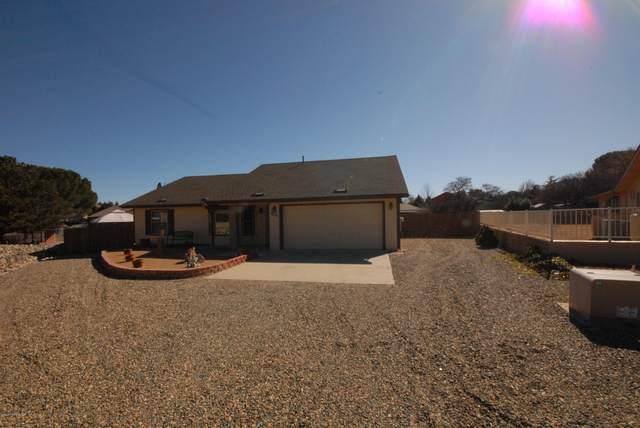 11697 Appaloosa Lane, Dewey-Humboldt, AZ 86327 (#1027488) :: Shelly Watne
