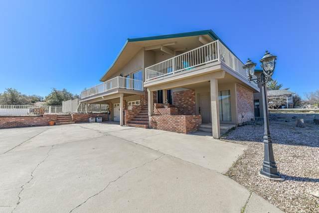 11535 E Turquoise Circle, Dewey-Humboldt, AZ 86327 (#1027897) :: Shelly Watne