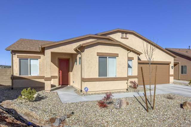 6000 E Beecher Loop, Prescott Valley, AZ 86314 (#1027934) :: Shelly Watne