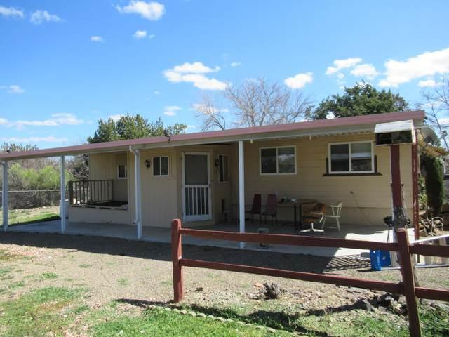 20788 E Sierra Drive, Mayer, AZ 86333 (#1028266) :: Shelly Watne